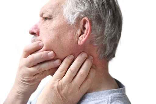 Kinn unterseite schmerzen Lendenwirbelsäule