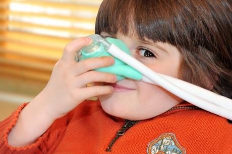 Lachgas hilft auch Kindern Zahnarzt-Behandlungen zuzulassen